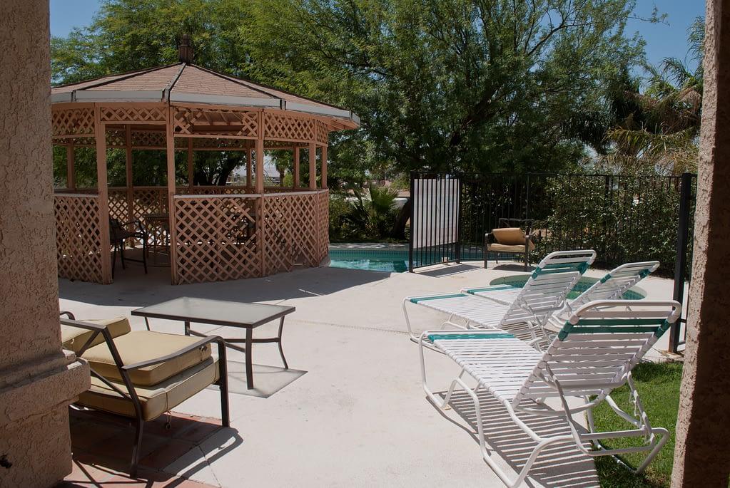 Villa backyard pool