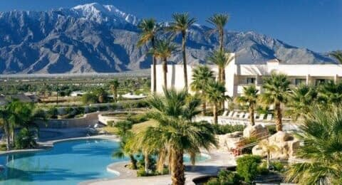 Miracle Springs Resort & Spa courtyard